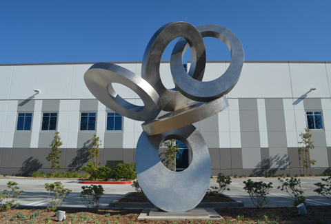 Image of large stainless steel sculpture.